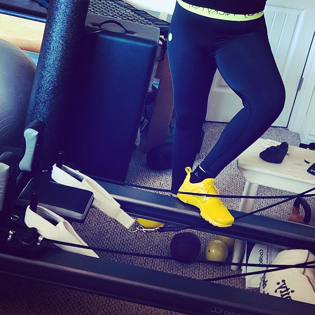 Me & me yellow️ Gettin' ready for our Monday workout.  Whatchu doin' ta get movin'? #workout #getmoving #iknowitshardsometimes #ifeelyou #gracefulpilates